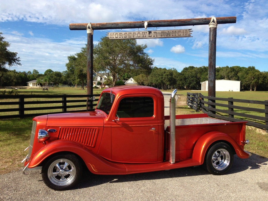 1936 Ford pick up street rod